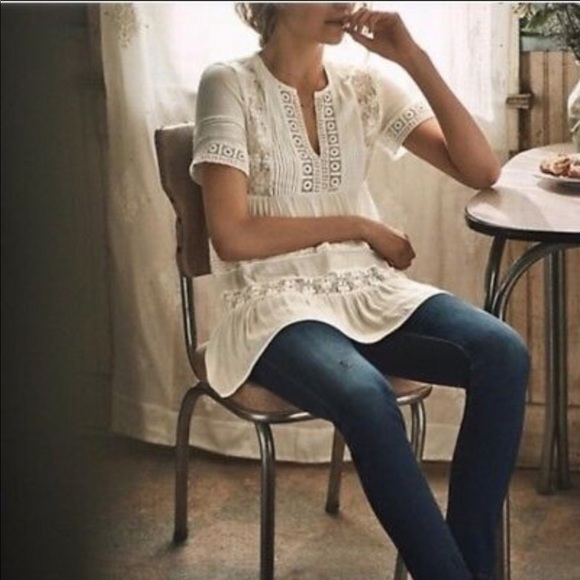 Anthropologie Maeve white tiered lace tunic small